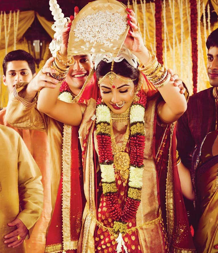 The Beautiful And Graceful Bengali Brahmin Wedding