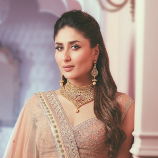 Kareena celebrity collection era uncut diamond celebrity necklace set neercka094 aloadofball Images